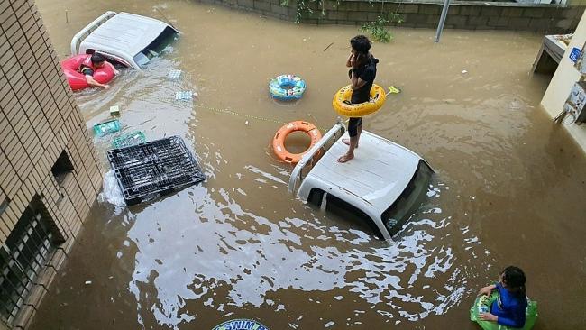 43,000 Red Cross volunteers head to N. Korea to help with virus and floods