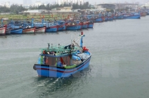 Marine communications devices provided for fishermen in Quang Ngai province