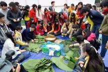 Buddhists, youths help the poor enjoy Lunar New Year