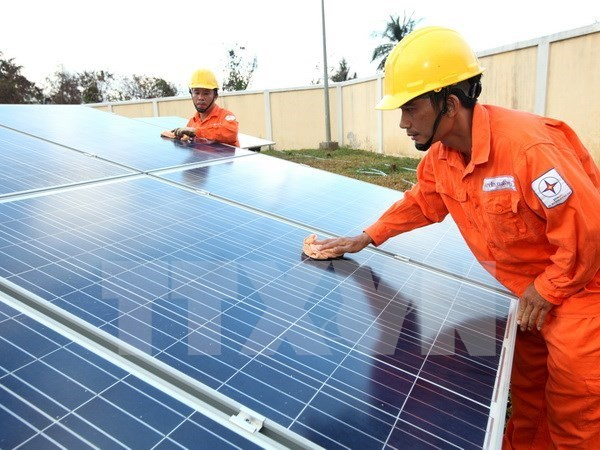 Solar panels manufacturing factory launched in Bac Giang