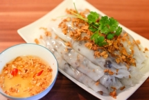 beyond pho and banh mi 22 must eat vietnamese dishes