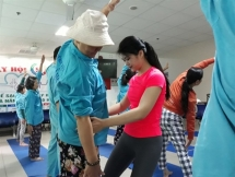 yoga classes of young trainer ease cancer patients pain