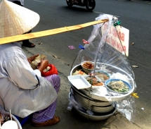 hcm city to relocate banished street food vendors