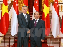 prime ministers of vietnam singapore look to foster strategic trust