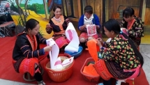 hmong patterns recognised as national intangible cultural heritage