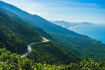 hai van pass among worlds top 10 best scenic drives