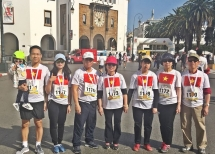 """The Vietnam Embassy in Morocco takes part in the """"10-km run for peace"""""""