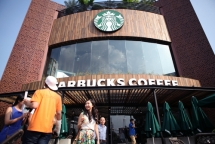 Vietnam third most expensive country to buy Starbucks: survey
