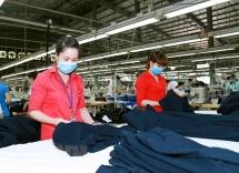 foreign media laud vietnams economic achievements
