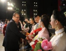 vietnam dprk strengthen traditional friendship relations through art exchange