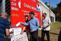 vietnamese in romania small community with great will