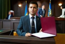 ukraine vaults into unknown after tv comic elected president