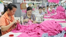 hcm city faces shortage of workers in clothing industry