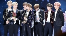 boyband bts make k pop history topping the billboard 200 albums chart
