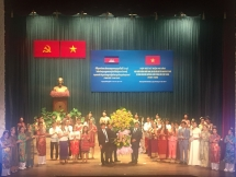 vietnam cambodia friendship monument in kampong cham inaugurated