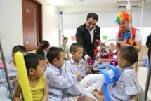 uae ambassador supports vietnamese thalassemia patients