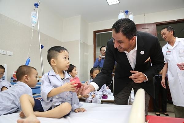 UAE Ambassador supports Vietnamese thalassemia patients
