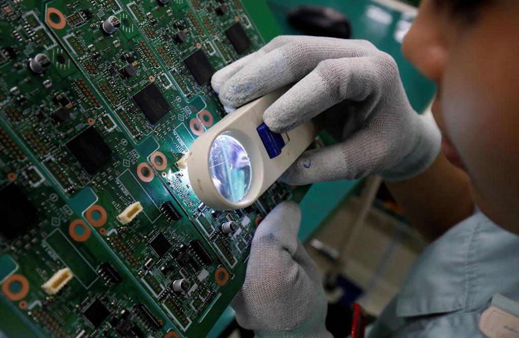 Vietnam's economy to overtake Singapore's in 10 years: DBS report