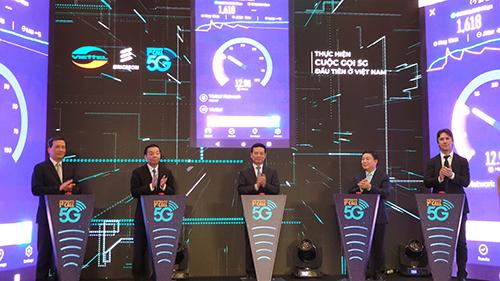 Viettel makes very first 5G phone call in Vietnam