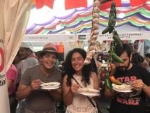 mexican food fans keep searching for vietnamese restaurants
