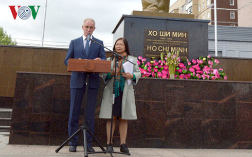 Uncle Ho's statue inaugurates in Lenin's hometown