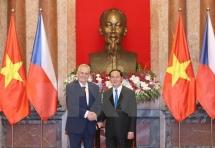 vietnam czech republic agree to foster ties across fields