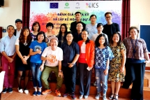 oxfam vn holds conference on lgbt rights in dak lak