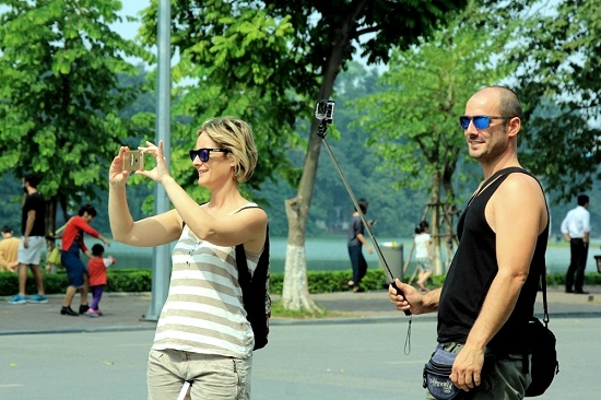 In six months, Hanoi tourism grossing revenue of more than VND35.2 trillion