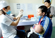 australian man raises 10605 usd to support newborn care in yen bai