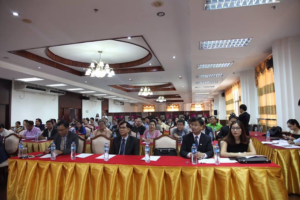 Seminar promotes Vietnam's tourism potential in Laos