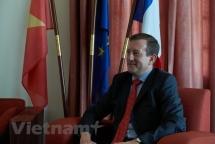 french ambassador highlights growing vietnam france ties