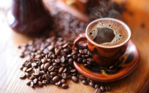 vietnams coffee empire queen abdicates trung nguyen throne