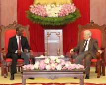 party chief hopes for deepened ties between vn mozambican parties