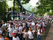 hcm city over 5000 walk for ao victims people with disabilities