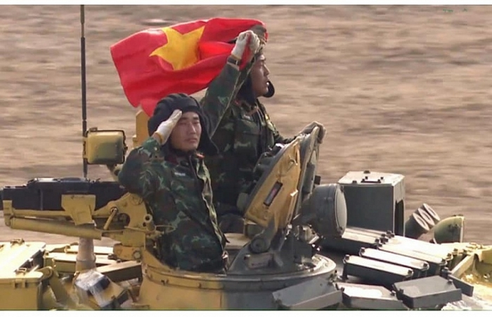High-ranking Vietnamese military delegation visits Russia