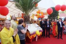 overseas vietnamese community in czech republic builds vietnamese pagoda