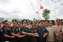 Vietnam, Cambodia border friendship exchange to enhance two countries' coordination