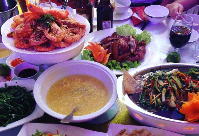 Expats' tips: How to be a polite guest in a Vietnamese wedding