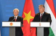 Hungarian PM wishes to boost multi-faceted cooperation with Vietnam