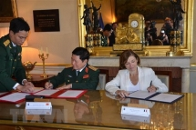 vietnam france sign joint vision statement on defence cooperation