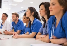 4 activities that make strong medical school candidates in us