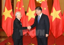 top vietnamese leaders extend congratulations to china on national day