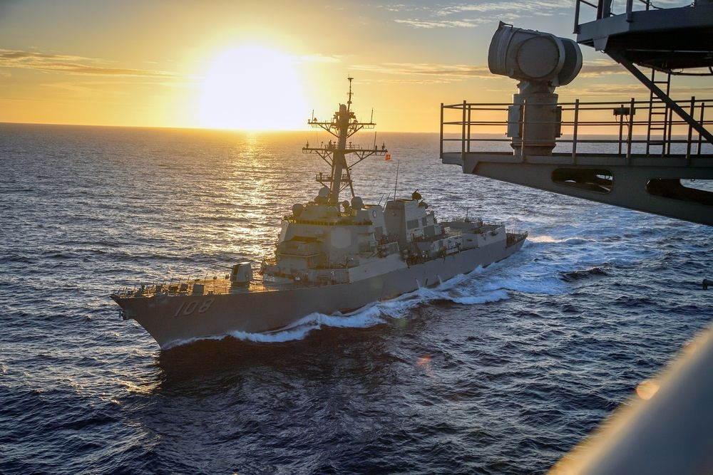 China condemns US for destroyer sailing near Vietnam's Hoang Sa archipelago