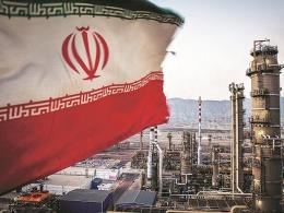 Iran's oil industry warned to be on alert after US threatens over cyber attacks