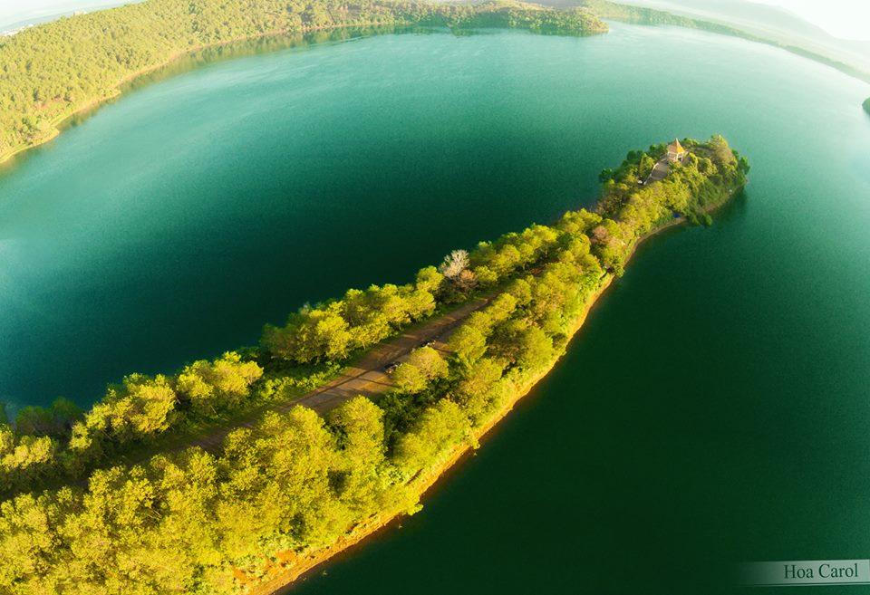 T'nung Lake in Pleiku