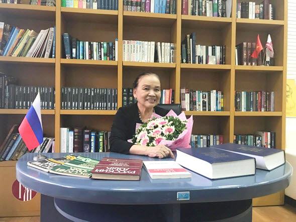 Assoc.Prof.Dr. Nguyen Tuyet Minh, the first Vietnamese honored with Pushkin Medal