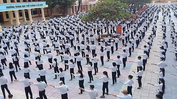 Kids get fit with martial arts lessons in school