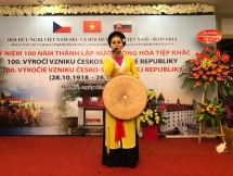 Gather marked 100th founding anniversary of Czechoslovakia in Hanoi