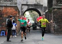 over 2600 runners compete in hanoi intl heritage marathon