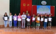 vietnam citizenship granted to 350 border residents